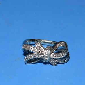 Sterling Silver Cubic Zirconia Bow Ring SIze 8